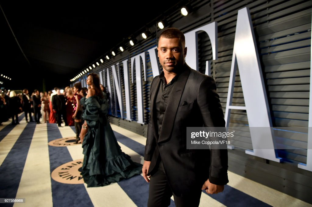 Russell Wilson attends the 2018 Vanity Fair Oscar Party hosted by Radhika Jones at Wallis Annenberg Center for the Performing Arts on March 4, 2018 in Beverly Hills, California.