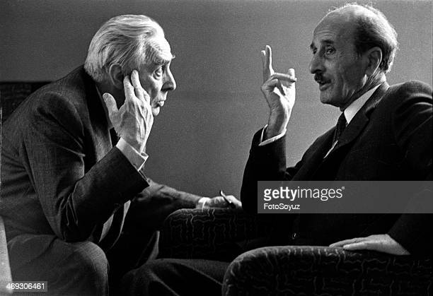 Soviet writers Konstantin Fedin and Nazym Hikmet