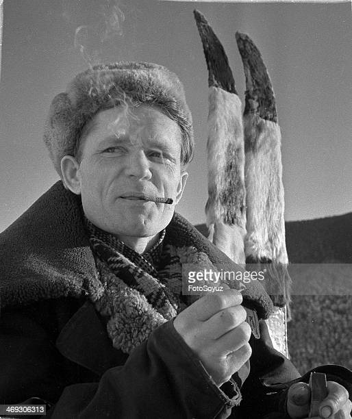 Winter hunting in Siberia A portrait of the hunter