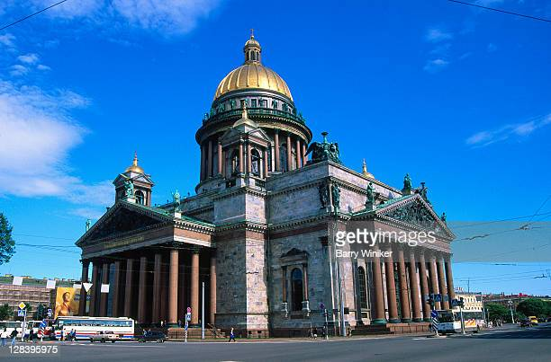 russia, st petersburg, st isaacs cathedral - st. petersburg russia stock pictures, royalty-free photos & images