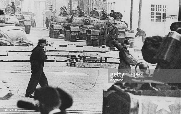 Russian and American tanks face each other at the Friedrichstrasse checkpoint in Berlin during the construction of the Berlin Wall 28th October 1961