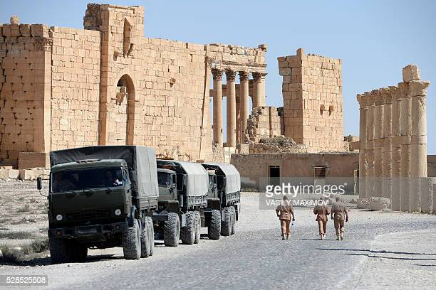 Russian army soldiers patrol the ancient Syrian city of Palmyra on May 5 2016 / AFP / VASILY MAXIMOV