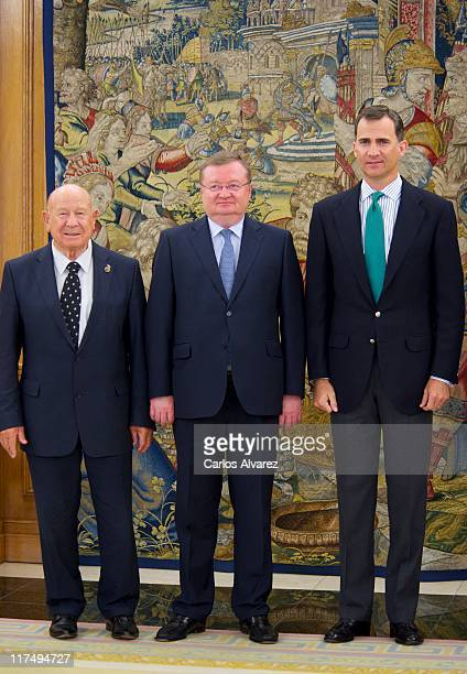 Russian astronaut Alexei Leonov Russian ambassador in Madrid Alexander Kuznetsov and Prince Felipe of Spain pose for the photographers at Zarzuela...
