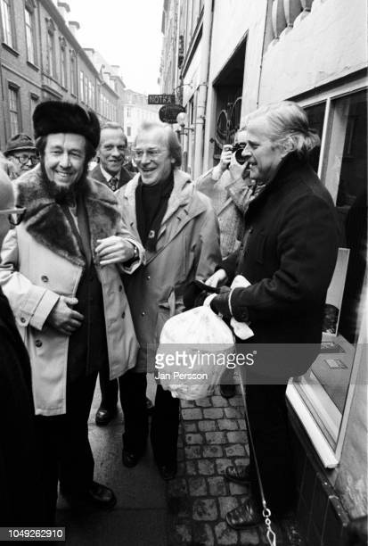 Russian author Aleksandr Solzhenitsyn arriving in Copenhagen after deported from Russia 1974 Here together with Danish author Hans Jorgen Lembourn...