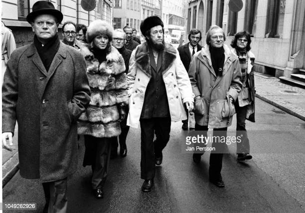 Russian author Aleksandr Solzhenitsyn arriving in Copenhagen after deported from Russia 1974 From left Danish actress Ellen Winther Aleksandr...