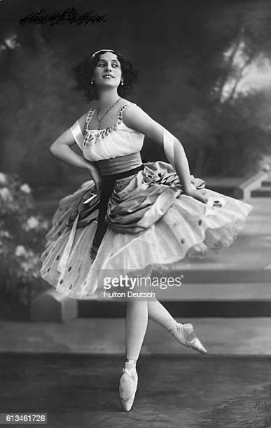 Russian ballerina Anna Pavlova performs a dance