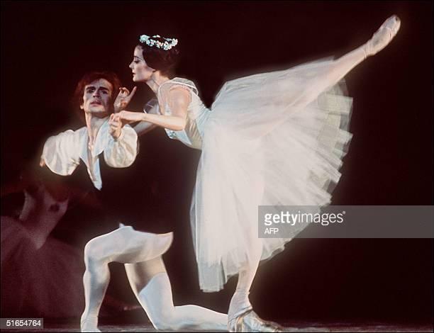 Russian ballet dancer Rudolf Nureyev performs in Les Sylphides in homage to Serge Diaghilev at the Opera Garnier in Paris 12 December 1972 Nureyev...