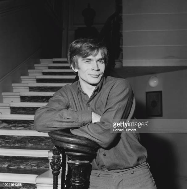 Russian ballet dancer Rudolf Nureyev posed at the bottom of a staircase on 14th December 1963