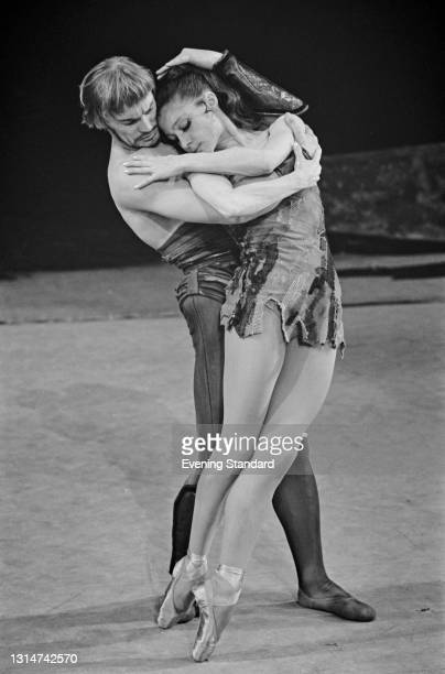 Russian ballet dancers Vladimir Vasiliev as Spartacus and Ekaterina Maximova as his wife Phrygia in a Bolshoi Ballet production of Aram...