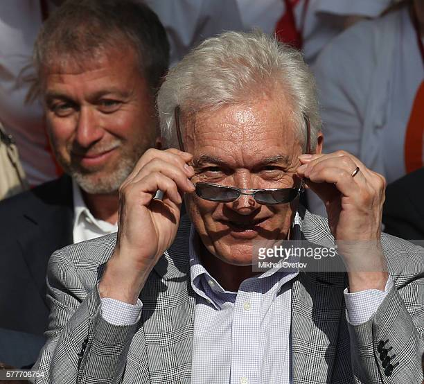 Russian billionaires and businessmen Gennady Timchenko and Roman Abramovich attend a meeting with top businessmen while visiting the Sirius education...