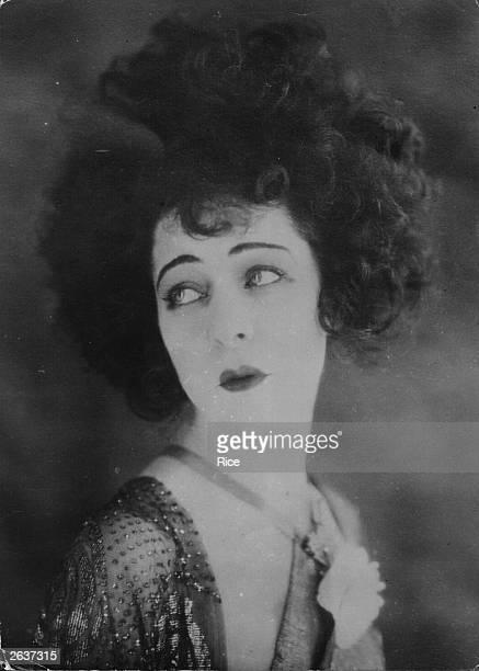 Russian film star Alla Nazimova starring in the silent film 'Camille' opposite Rudolph Valentino