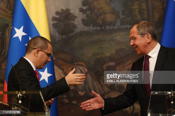 Russian Foreign Minister Sergei Lavrov and Venezuela's Foreign Minister Jorge Arreaza give a press conference in Moscow on May 5 2019