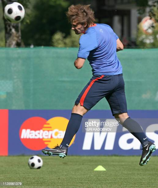 Russian forward Dmitry Sychev ptactices during a training session in Leogang some 380 km from Vienna on June 19 2008 Russia will play a Euro 2008...