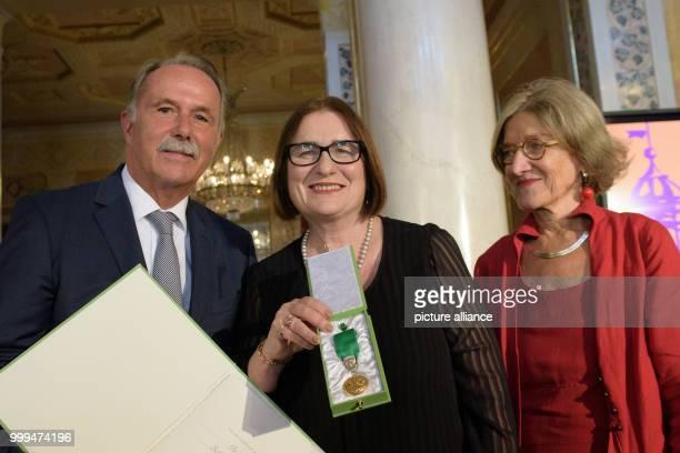 Russian historian and civil rights activist Irina Lazarevna ·cerbakova receives the Goethe Medal 2017 from KlausDieter Lehmann President of the...