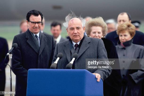 Russian leader Mikhail Gorbachev holds a speech at Heathrow Airport at the end of his official visit to London on April 7 1989 in London England