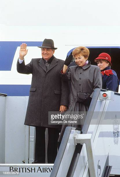 Russian leader Mikhail Gorbachev with his wife Raisa Gorbachova waives at the end of an official visit to London 7th April 1989