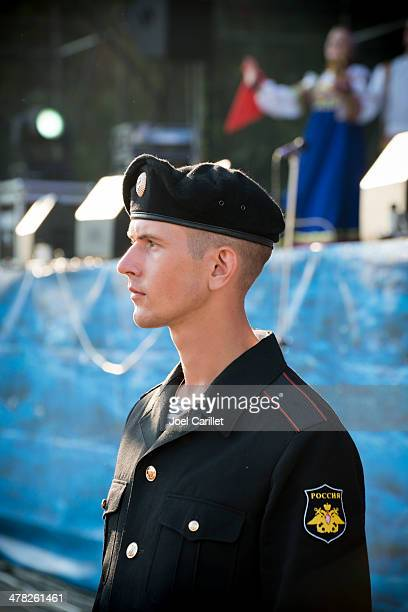 russian military personnel in sevastopol, crimea - russian military stock pictures, royalty-free photos & images