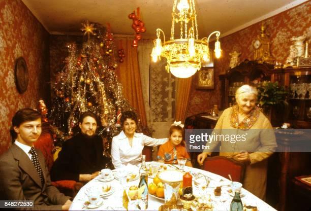 KHAMOVNIKI KHAMOVNIKI MOSCOW MOSCOW RUSSIA Russian Orthodox priest visiting a family