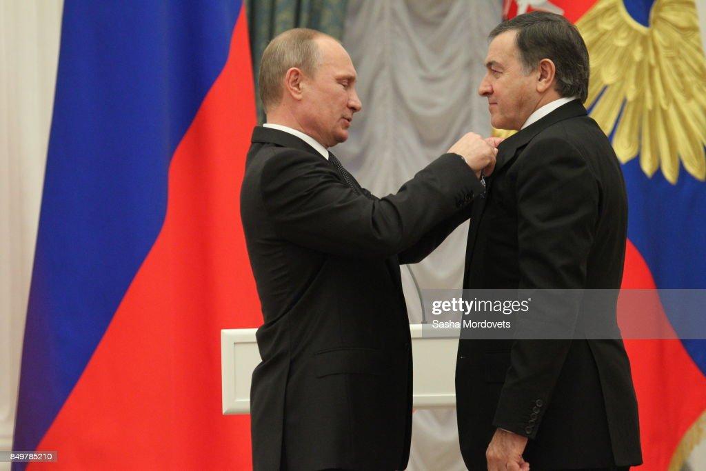 Russian President Vladimir Putin Awards Businessman Aras Agalarov : News Photo