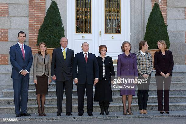 Russian President Vladimir Putin and his wife Ludmila Putin are received by Spanish Royals for a gala lunch at Zarzuela Palace on February 8 2006 in...