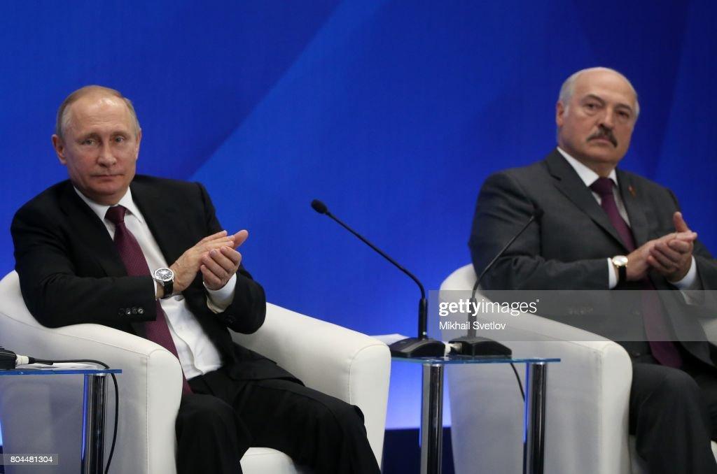 Russian President Vladimir Putin Receives President of Belarus Alexander Lukashenko in Moscow : News Photo