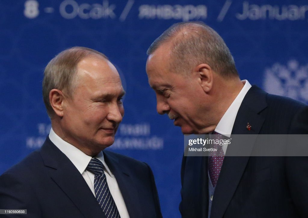 Russian President Vladimir Putin and Turkish President Recep Tayyip Erdogan open the TurkStream : ニュース写真