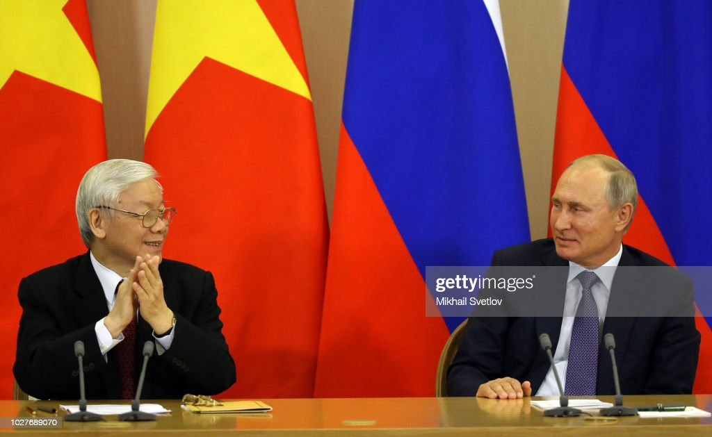 Russian President Vladimir Putin receives Vietnamese Communist Part Leader Nguen Phu Trong in Sochi : News Photo
