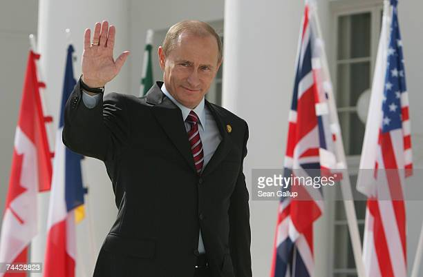 Russian President Vladimir Putin arrives for the first day of talks with other leaders of G8 industrialized nations at the G8 summit June 7, 2007 in...