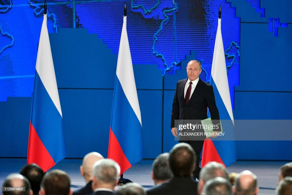 RUS: As poll numbers fall, Putin vows to improve living conditions