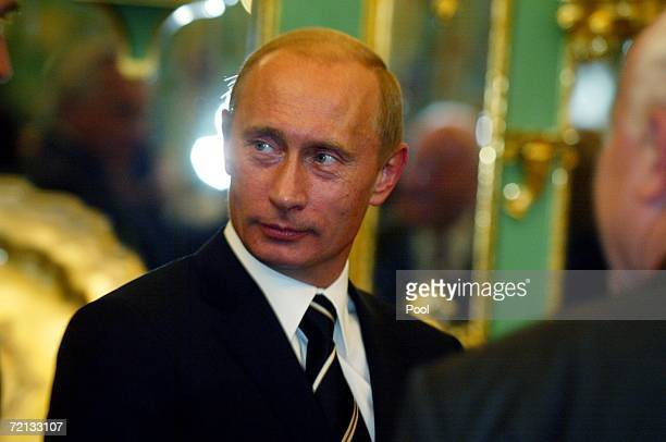 Russian President Vladimir Putin attends a meeting in the HansNadlerSaal in Gruenes Gewoelbe on October 10 2006 in Dresden Germany Vladimir Putin is...