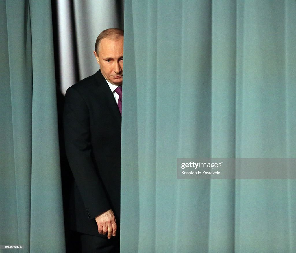 Russian President Vladimir Putin Addresses The Nation Amid Growing Concerns Of A Financial Crisis : News Photo