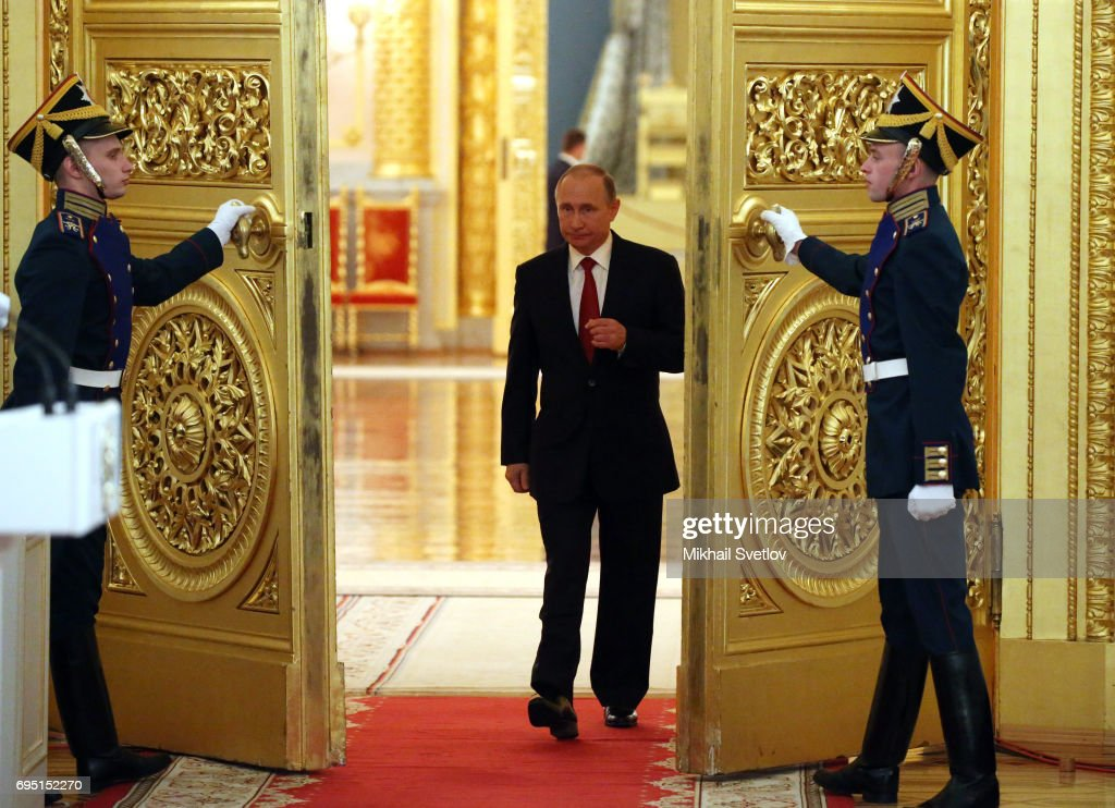Russian President Vladimir Putin attends the State Awards Ceremony at the Kremlin : News Photo