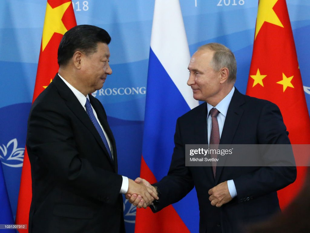 Russian President Vladimir Putin meets Chinese President Xi Jinping in Vladivoslok : News Photo