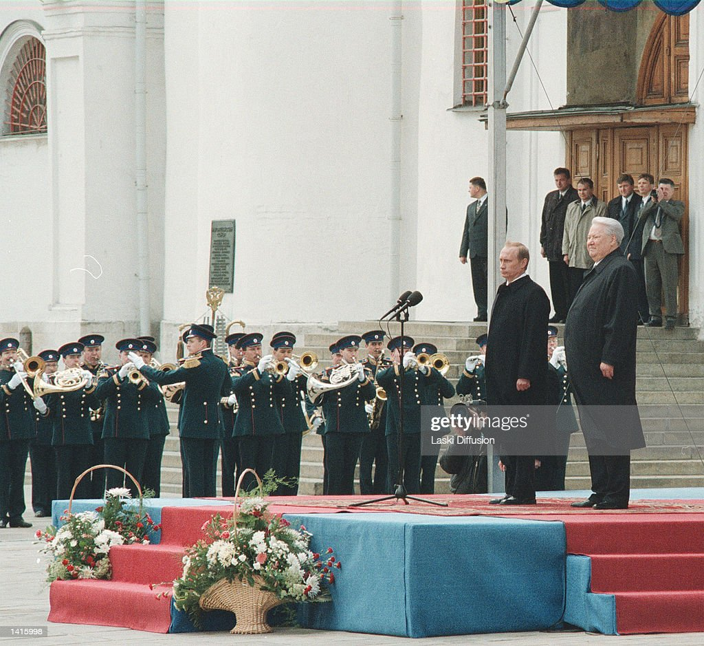 PUTIN SWORN IN AS PRESIDENT OF RUSSIA : ニュース写真