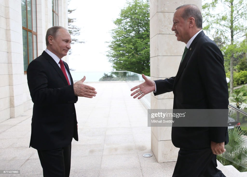Russian President Vladimir Putin receives Turkish President in Sochi : News Photo