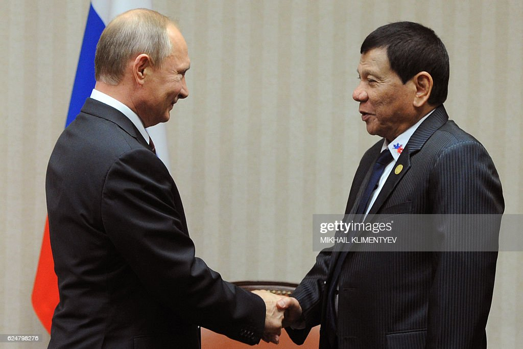 PERU-APEC-SUMMIT-DIPLOMACY-RUSSIA-PHILIPPINES : Fotografía de noticias