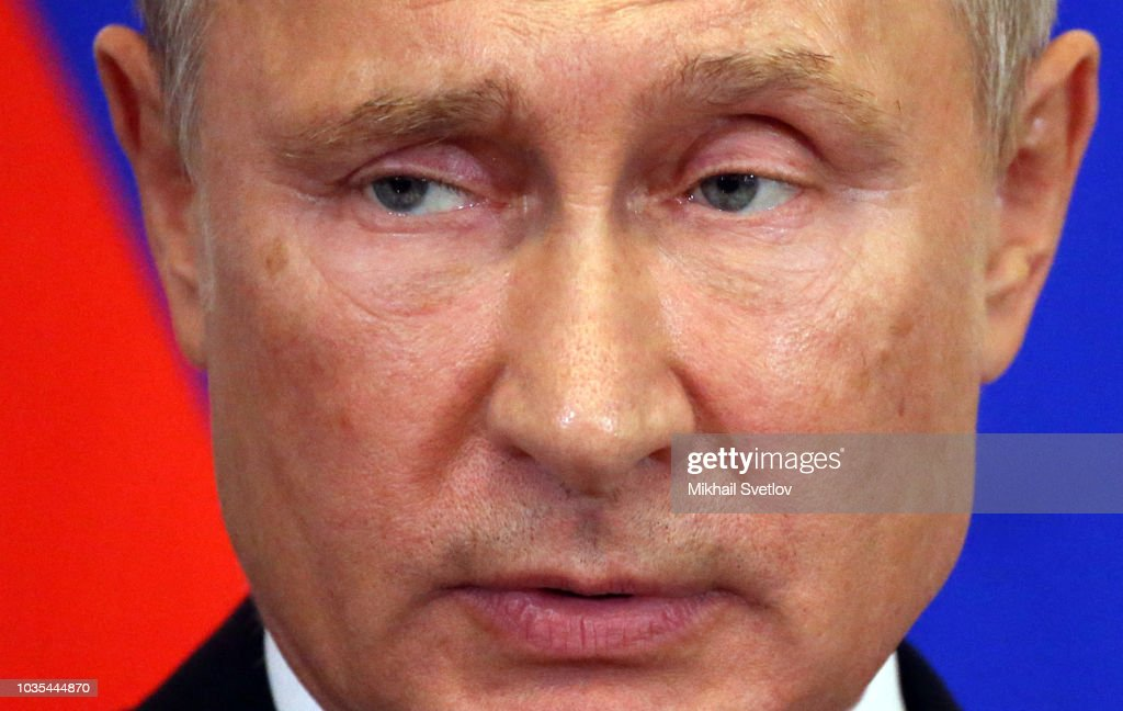 Russian President Vladimir Putin receives Hungarian Prime Minister Viktor Orban in Moscow : Nieuwsfoto's