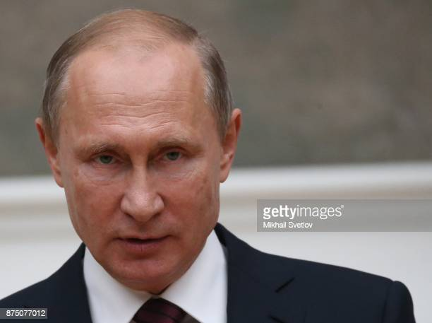 Russian President Vladimir Putin speeches while visiting the exhibition of Soviet and Armenian painter Martiros Saryan at the Tretyakov gallery in...