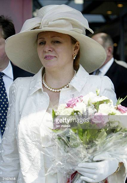 Russian President Vladimir Putin's wife Ludmila arrives in Britain at Heathrow airport for a fourday state visit June 24 2003 in London England The...