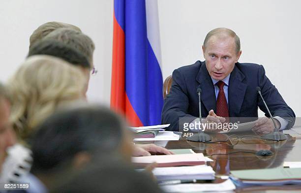 Cabinet Meeting Stock Photos And Pictures Getty Images