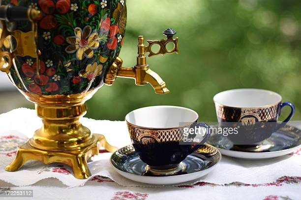 russian samovar - russian culture stock pictures, royalty-free photos & images