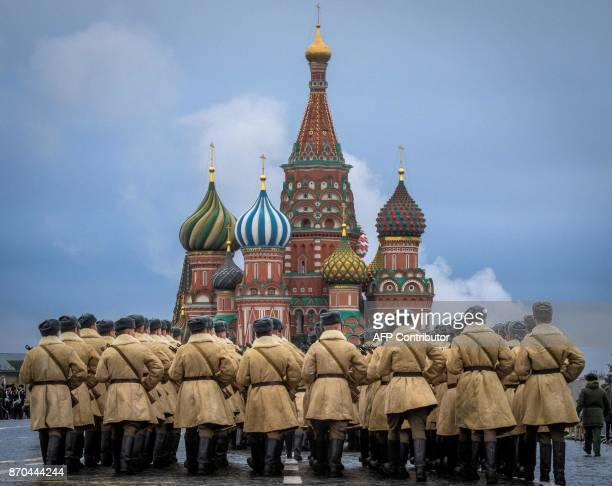 TOPSHOT Russian soldiers rehearse ahead of a forthcoming parade on Red Square in Moscow on November 5 2017 The event will take place on November 7...