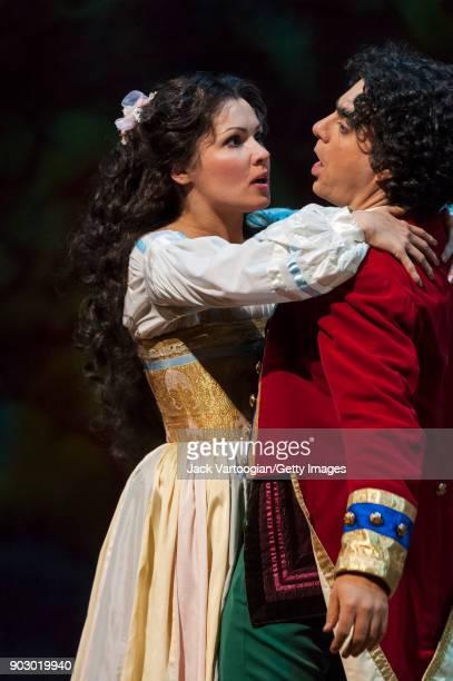 Russian soprano Anna Netrebko and Mexicanborn French tenor Rolando Villazon perform during the final dress rehearsal of Act 2 of the Metropolitan...