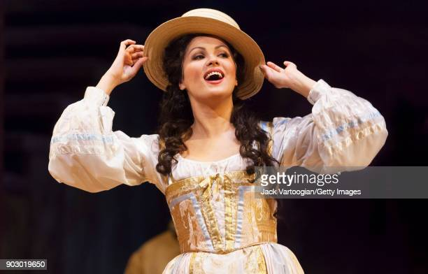 Russian soprano Anna Netrebko performs during the final dress rehearsal of Act 2 of the Metropolitan Opera/John Copley production of 'L'Elisir...