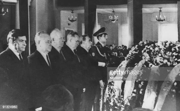 Russian statesman attend the lyinginstate of Russian cosmonauts Georgi Dobrovolski Vladislav Volkov and Viktor Patsayev at the Soviet Army House in...