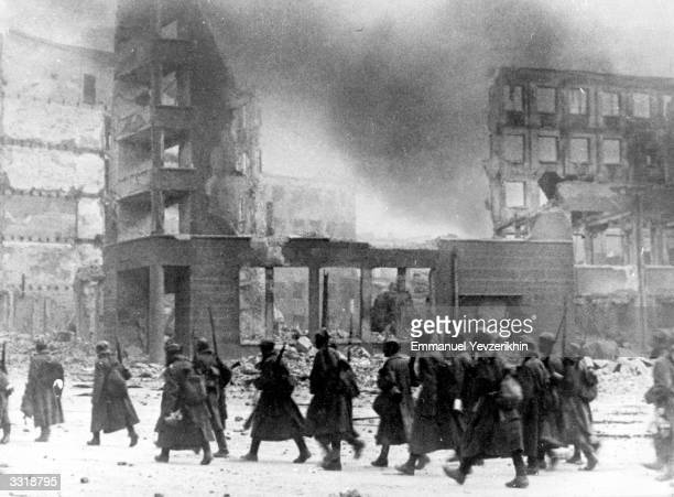 Russian troops in the centre of bombdamaged Stalingrad Russia They are in front of the destroyed department store in which German Field Marshal von...