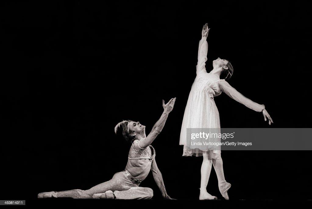 Baryshnikov & Kirkland In 'Le Corsaire' : News Photo