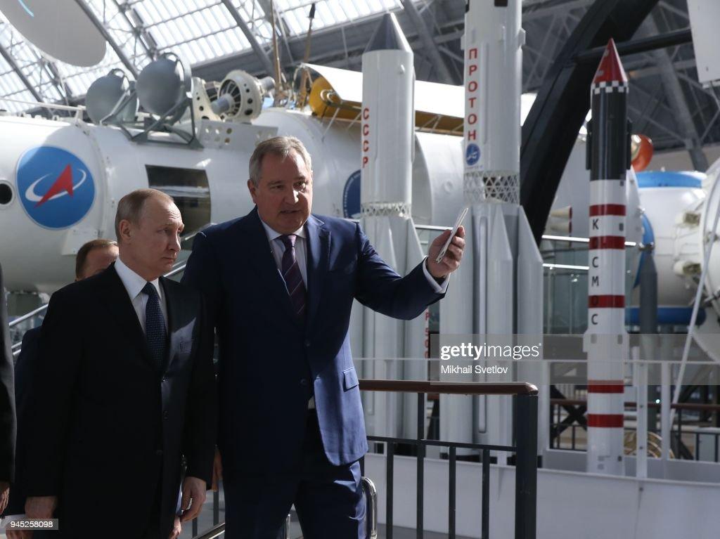 Russian President Vladimir Putin mark Cosmonaut day : News Photo