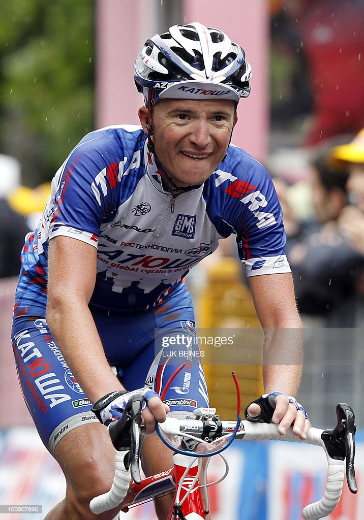 Russia's Evgeny Petrov (Katusha) crosses the finish line of the 11st stage of the 93rd Giro d'Italia going from Lucera to L'Aquila in victory on May 19, 2010 in L'Aquila . AFP PHOTO/Luk Beines