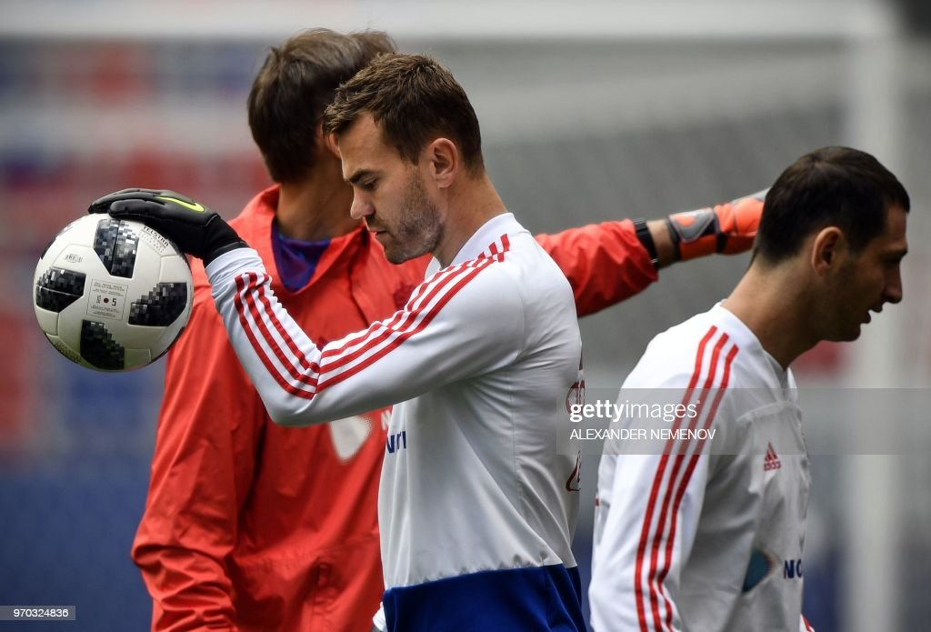 f335460cd15 Russia s goalkeeper Igor Akinfeev attends a training session at ...